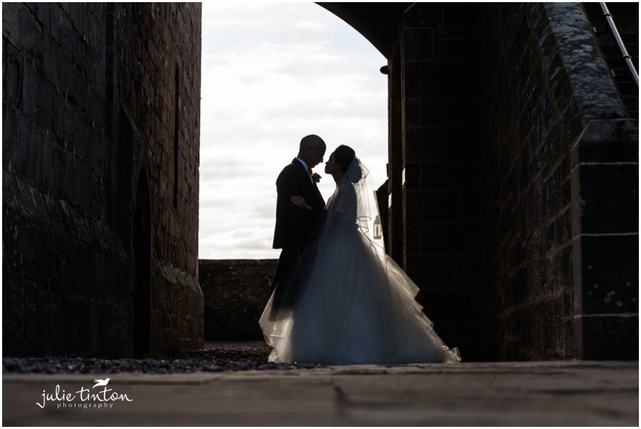 Romantic-Borthwick-Castle-Wedding