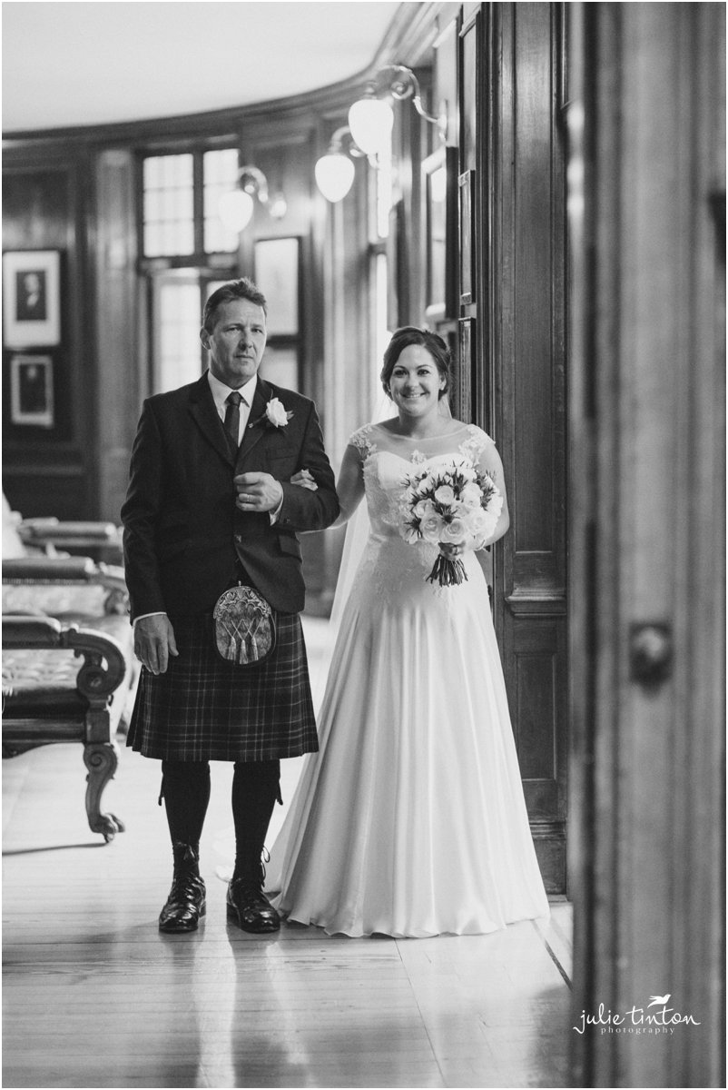 Royal-College-of-Physicians-Edinburgh-Wedding_0117